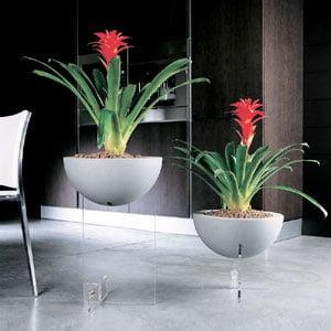 Fioriera singola con base da Terra Erbavoglio Family 40x40xh61 cm in Policarbonato vaso Colore bianco