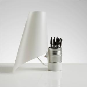 Lampada da Tavolo in polipropilene con portapenne NEVEA Ø 27xh57cm paralume bianco perla
