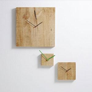 Orologio da parete Medio Nature 22x3x22 cm con cassa in legno massello in ajus