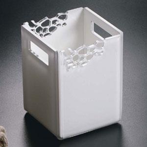 Contenitore piccolo da bagno 10.5x10.5xh14 cm STONE in plexiglas intagliato