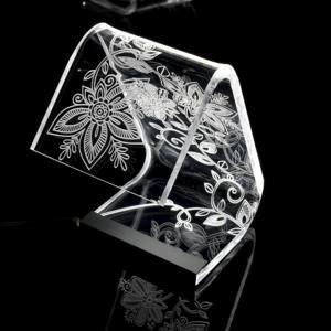 Lampada da Tavolo a Led 13,5x24x34h cm 0,25 w - 24 Volt C-LED Flowers in Plexi con decoro inciso righe