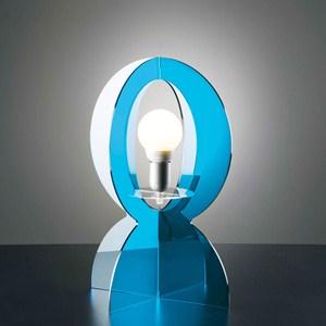 Lampada da tavolo in metacrilato BASCO 30xh43 cm realizzata interamente in metacrilato con filo 1,60 cm colore celeste trasparente