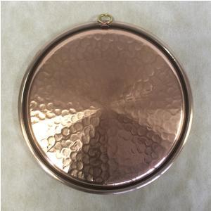 Teglia rotonda in Rame Martellato Ø34xh3,0 cm con anello stagnata