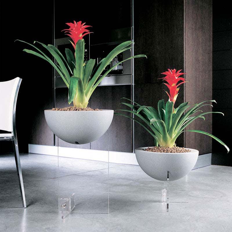 Stilcasa net fioriere vasi e fioriere design fioriere pensili arredamento da giardino e - Fioriera da interno ...