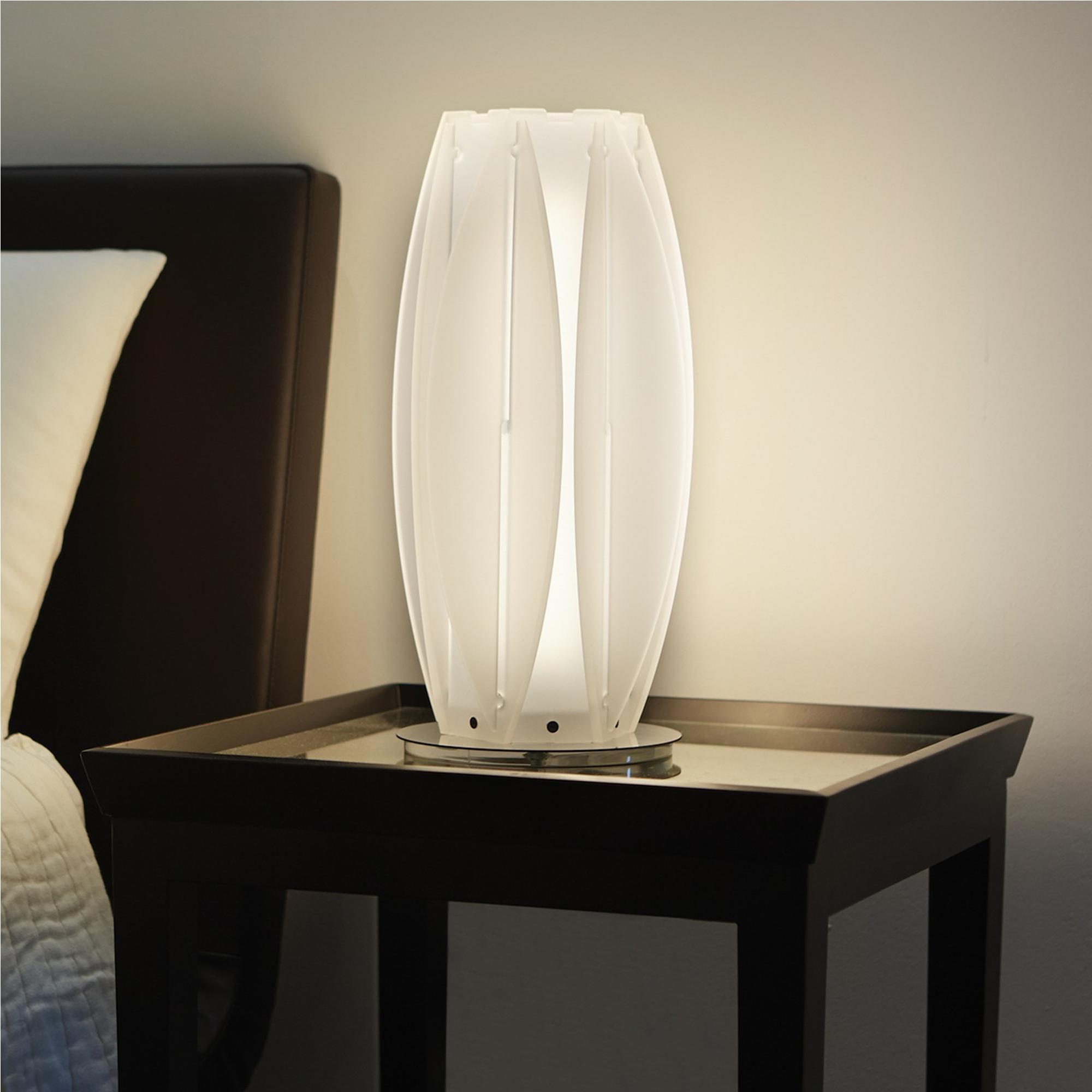 Lampada da tavolo 18xh40 cm kira mini con lampada in pmma cristopal base inox emporium - Base lampada da tavolo ...