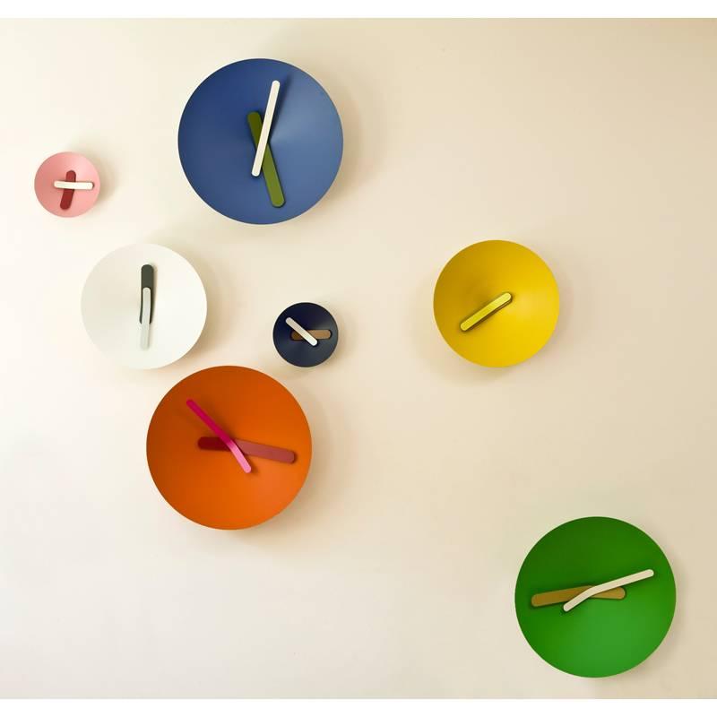 orologio da parete mozia grande con cassa in alluminio tornito e quadrante conico diamantini e. Black Bedroom Furniture Sets. Home Design Ideas