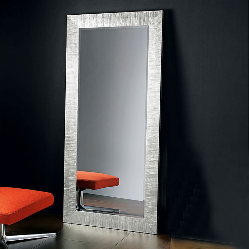 Specchiera da terra con cornice in legno diva 92xh192 cm for Specchio lungo