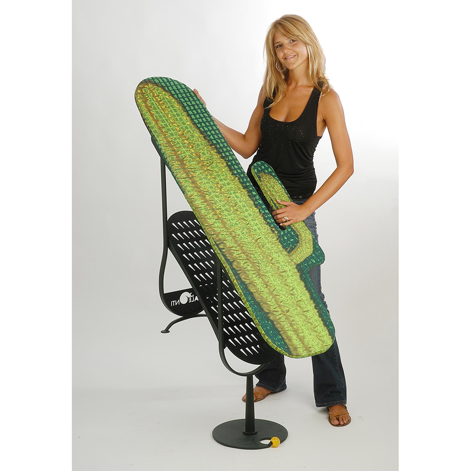 Asse da stiro a forma di cactus richiudibile con stiramaniche integrato verde palmar - Asse da stiro da parete ...