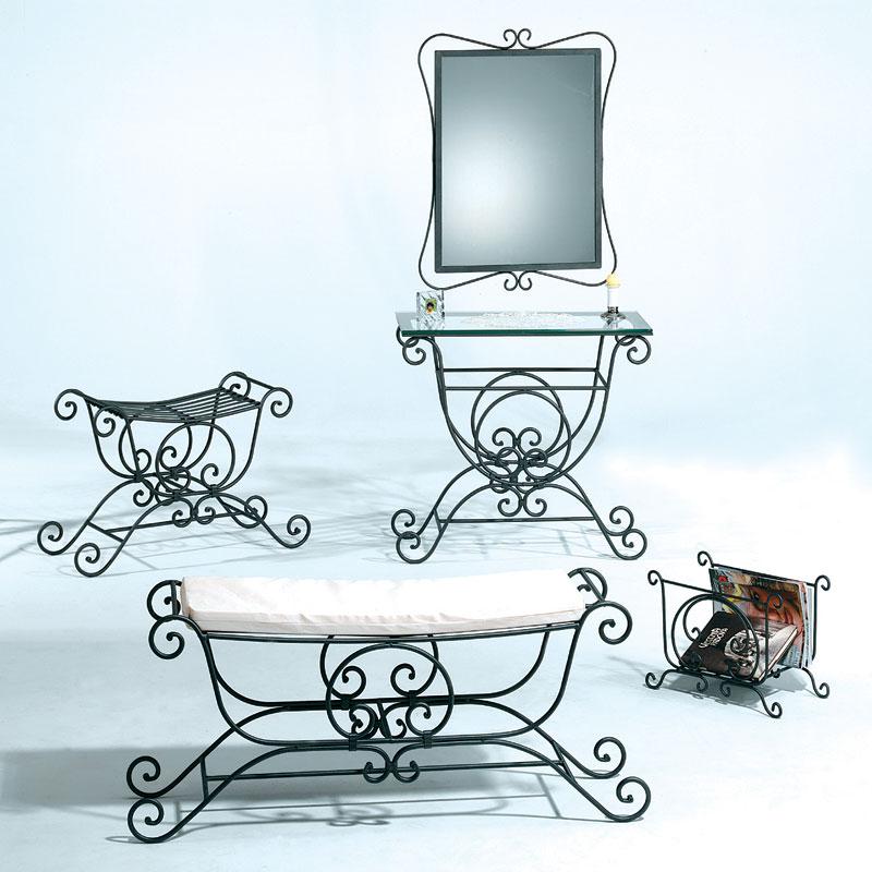 Specchiera in ferro battuto vecchia europa stilcasa for Specchio da terra ferro battuto