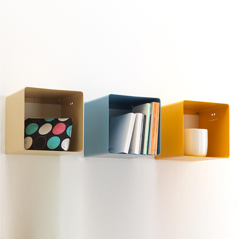 Mensole Quadrate Design.Mensola Design Cubo Biciok In Metallo Verniciato 22x35x22 Cm Mipiacemolto