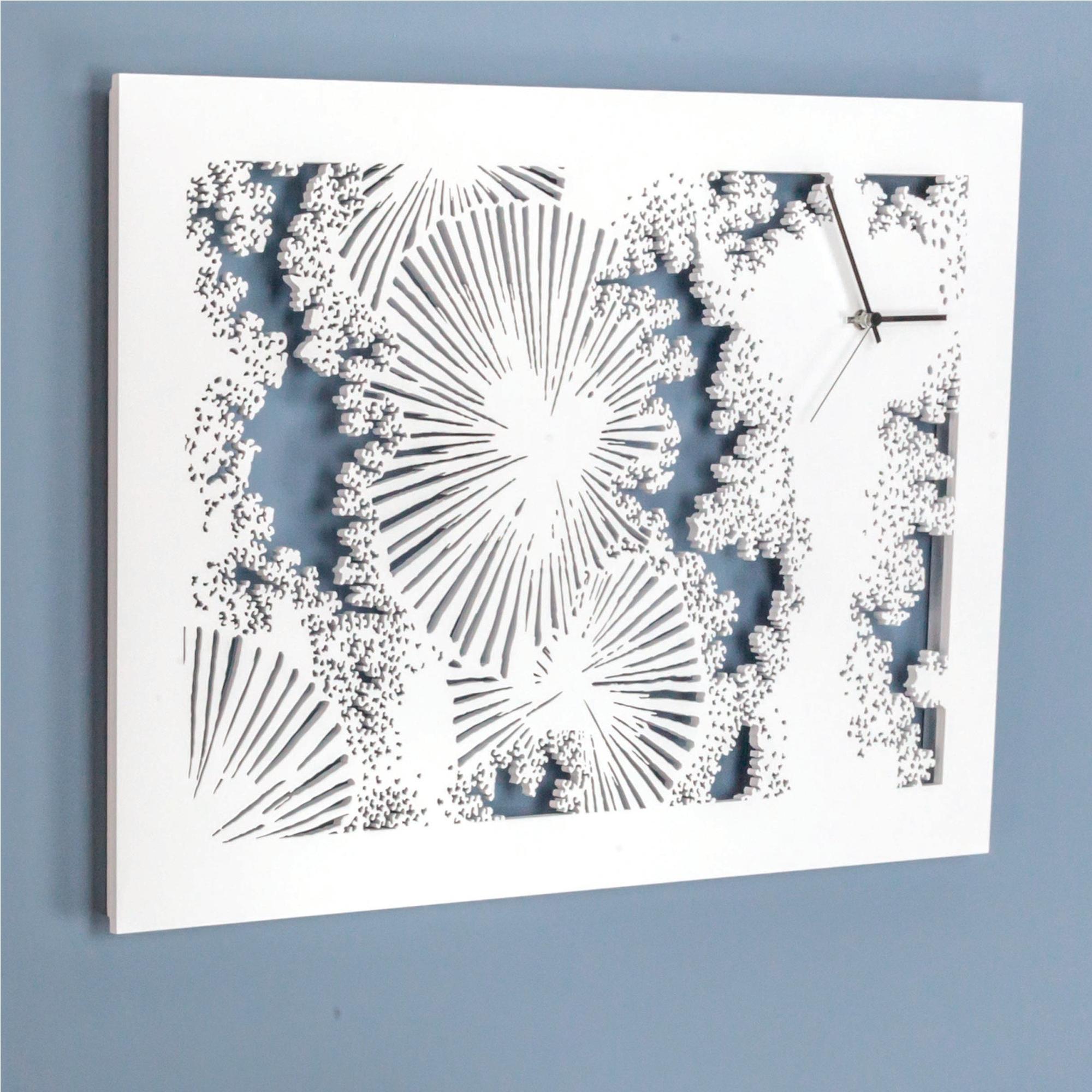 Orologio da parete Giappone in legno tagliato al laser 60x2,5xh40 cm legno chiaro laccato bianco